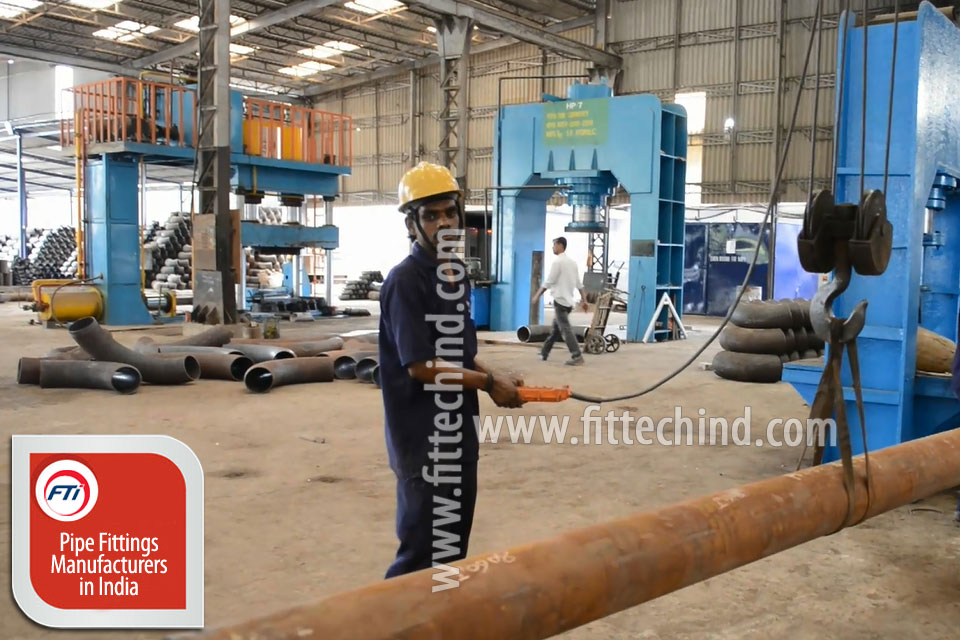 Carbon Steel Pipe Outlet Fittings manufacturers in India