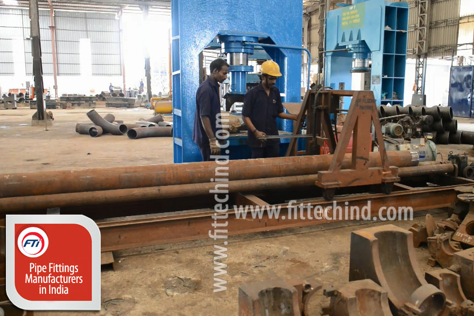 Industrial Pipe Fittings/ Flanges suppliers in Colombia