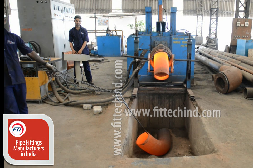 Industrial Pipe Fittings/ Flanges suppliers in Russia
